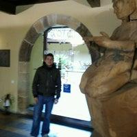 Foto diambil di Castillo de Valdés Salas oleh Abraham G. pada 4/4/2012