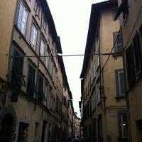 Foto scattata a San Luca Palace Hotel da Nichola J. il 4/4/2012