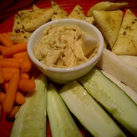 Photo taken at Red Robin Gourmet Burgers by B B. on 7/14/2012