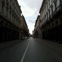 Photo taken at Via Roma by Marcelo Almeida on 4/23/2012