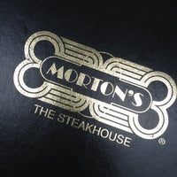 6/7/2012 tarihinde Gerardo S.ziyaretçi tarafından Morton's The Steakhouse'de çekilen fotoğraf