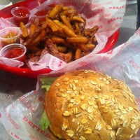 Photo taken at Good Stuff Eatery by Jasmine on 3/30/2012