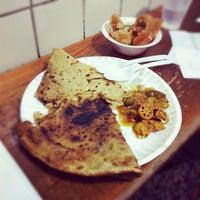 Photo prise au Punjabi Grocery & Deli par Cesar P. le6/2/2012