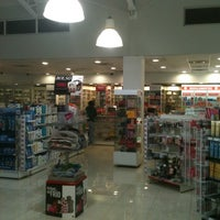 Photo taken at Farmacias Ahumada by Ramiro S. on 5/29/2012