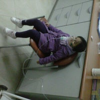 Photo taken at Pharmacys El Triangulo by Esteban C. on 3/1/2012