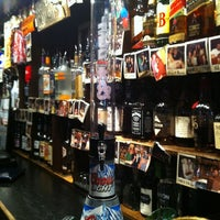Photo taken at Innisfree Irish Pub by Joshua R. on 3/9/2012