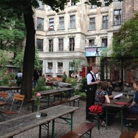 Das Foto wurde bei Clärchens Ballhaus von Felipe S. am 6/11/2012 aufgenommen