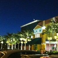 Foto tirada no(a) Shopping Iguatemi por Rubens B. em 4/23/2012
