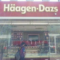 Photo taken at Häagen-Dazs by Hatem R. on 5/7/2012