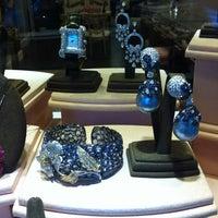 Photo taken at Jeri Cohen Fine Jewelry by Zachary Adam C. on 6/12/2012