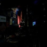 Foto tirada no(a) Dirty Trix Saloon por Justin G. em 3/25/2012