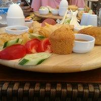 9/4/2012 tarihinde Tuğçe Y.ziyaretçi tarafından Messt Cafe & Restaurant'de çekilen fotoğraf