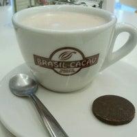 Photo taken at Chocolates Brasil Cacau by Thais A. on 6/25/2012