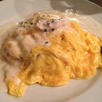 4/30/2012にayako i.がLe Cafe RETROで撮った写真