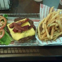 Photo taken at Smashburger by Bobby J. on 7/12/2012