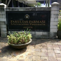Photo taken at Fakultas Farmasi Universitas Pancasila by Edith H. on 4/19/2012