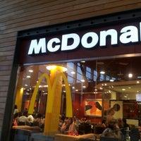 Foto tomada en McDonald's por Jose C. el 7/7/2012