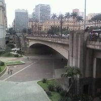 Photo taken at Viaduto do Chá by Rodrigo S. on 4/18/2012
