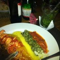 Foto tirada no(a) Medit Restaurante por clarisse i. em 3/18/2012