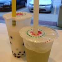 Photo taken at Chill Bubble Tea by Joseph S. on 5/6/2012