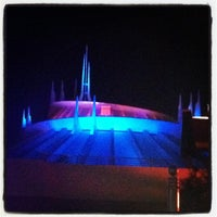 Photo prise au Space Mountain par Brian H. le8/8/2012
