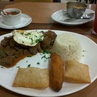 Photo taken at Restaurante Bom Gosto by Gisele L. on 5/30/2012