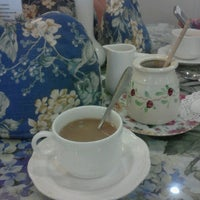 Foto tirada no(a) The Tea Shoppe por Nicole W. em 7/3/2012
