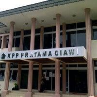 Photo taken at Kantor Pelayanan Pajak Pratama Ciawi by Adv. Danies on 2/23/2012