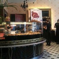 Foto tirada no(a) Круассан-кафе por Maxim K. em 7/31/2012