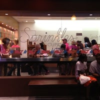 Photo taken at Sprinkles Cupcakes by Joshua on 8/26/2012