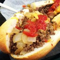 Foto scattata a Dalessandro's Steaks and Hoagies da Daniel D. il 6/9/2012