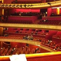 Photo prise au Théâtre des Champs-Élysées par Valentin B. le4/14/2012