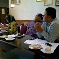 Photo taken at Pejabat Ketua Menteri Melaka by Uzaidi U. on 5/22/2012