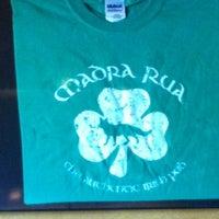 Photo taken at Madra Rua Irish Pub by Julie W. on 5/5/2012