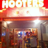 Photo taken at Hooters by Miguel B. on 8/13/2012
