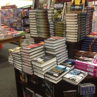 Photo taken at Barnes & Noble by Seth P. on 9/9/2012