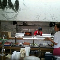Photo taken at GTA  (Gjelina Take Away) by Jen V. on 7/14/2012