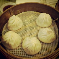 Photo taken at Nanxiang Steamed Bun Restaurant by Angel Z. on 5/9/2012