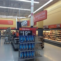 Photo taken at Walmart Supercenter by Javier F. on 4/13/2012