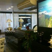 Foto tirada no(a) Oceano Copacabana Hotel por Pollyanna R. em 6/8/2012