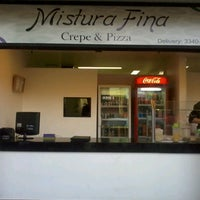 Photo taken at Mistura Fina Pizzas e Crepes by Victor B. on 8/31/2012