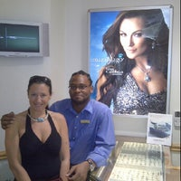 Photo taken at Jewelers International by Mohen P. on 4/7/2012