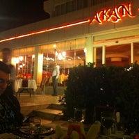 6/22/2012 tarihinde Serkan ü.ziyaretçi tarafından Akan Restaurant'de çekilen fotoğraf