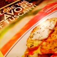 Photo taken at Olive Garden by Ki T. on 6/19/2012