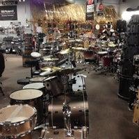 Photo taken at Guitar Center - Closed by Nikola L. on 4/29/2012