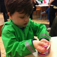 Photo taken at Baskin-Robbins by Laura H. on 2/14/2012