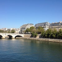 Photo taken at La Seine by Slightly F. on 9/9/2012