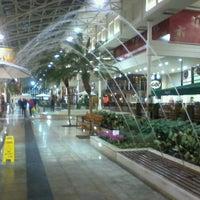 Foto tirada no(a) Shopping Estação por Alemão C. em 7/19/2012