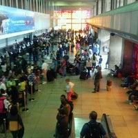 4/1/2012 tarihinde Lucci C.ziyaretçi tarafından Terminal Nacional'de çekilen fotoğraf