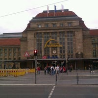 Photo taken at Leipzig Hauptbahnhof by IslandMonkeyMUC on 6/24/2012